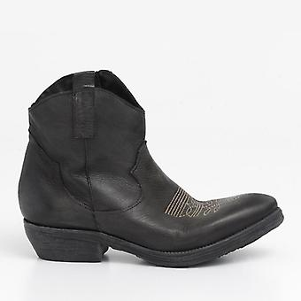 Texan Ankle Boots In Black Leather Low Heel