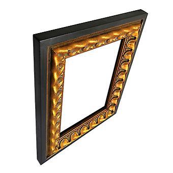 13 x 18 cm of 5 x 7 inch, gouden frame