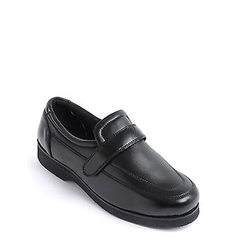 Chums Mens Real Leather Adjustable Comfort Shoe