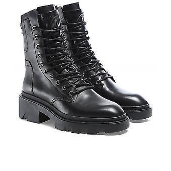 الرماد الجنون موستانج الأحذية الجلدية