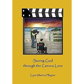 Seeing Jumalan kautta Kameran linssi Hayter & Lynn Marina