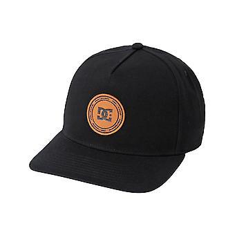 DC Reynotts 5 Snapback Cap in Black