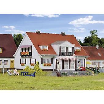 Kibri 38332 H0 land huis Cloppenburg