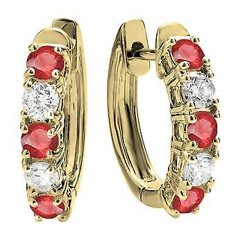 Dazzlingrock Collection 14K Round Ruby & hvit diamant Ladies Huggies Hoop øredobber, gult gull