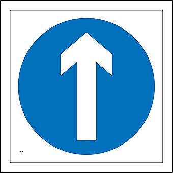 TR135 One Way Arrow Ahead Sign with Arrow