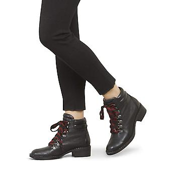 Gentle Souls Womens BROOKLYN Leather Closed Toe Ankle Fashion Boots