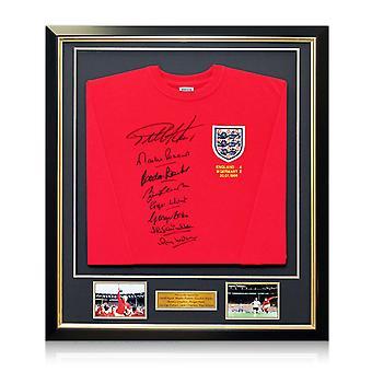 England 1966 WM-Sieger Team signiert Shirt. Gerahmt