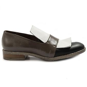 Le Bohemian Women's Shoe In Black brown and white leather