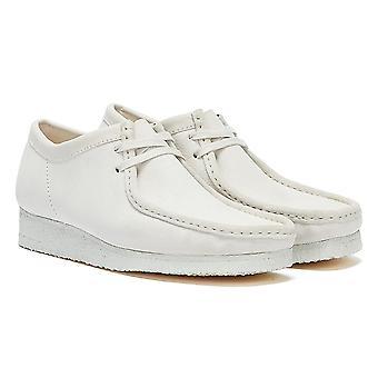 كلاركس والابي سويد منز أبيض / أحذية بيضاء