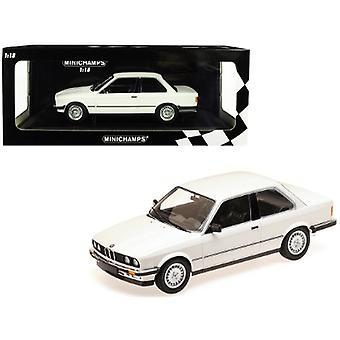 1982 BMW 323i White Limited Edition à 600 pièces dans le monde 1/18 Diecast Model Car par Minichamps