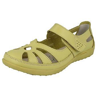 Dames tot aarde plat uitgesneden schoenen
