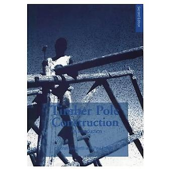 Holzbau-Pole