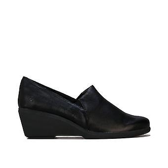 Women's Hush Puppies Fraulein Dress Shoe in Black