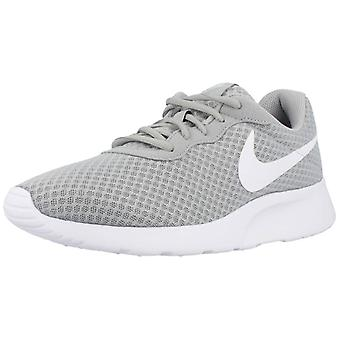 Nike Sport / Zapatillas Tanjun Color 010