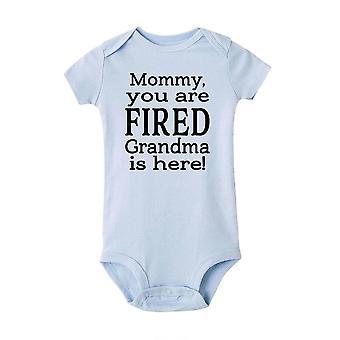 Abbigliamento bambino carino appena nato