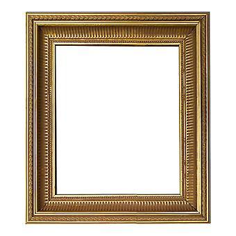 10x12 cm tai 4x4 3/4 tuumaa, kultainen kehys