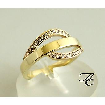 14 carat yellow gold ring with diamonds