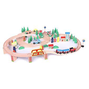 Tren de madera con 75 piezas multicolores, incluyendo locomotora a batería y rotonda