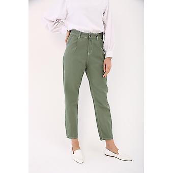Pantalones cónicos de cintura alta