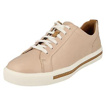 Damen Clarks elegante Spitze Up Schuhe UN-Maui Spitze