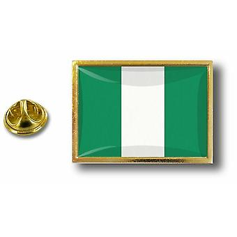 Pine PineS Badge PIN-apos, s metal med fjäril pensel flagga Nigeria nigeriansk