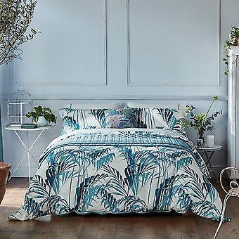 Palm House Designer Bedding and Pillowcase de Sanderson In Eucalyptus