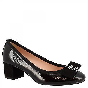 Leonardo Sko Kvinner's håndlagde midt hæler pumper sko i svart laminert skinn med bue