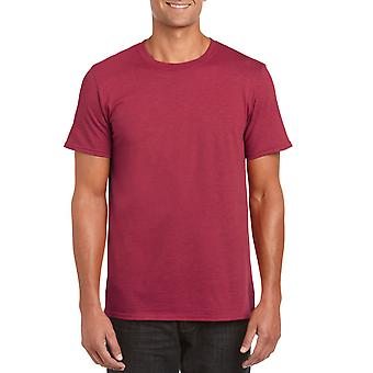 GILDAN G64000 Softstyle Men's T-Shirt in Antique Cherry Red