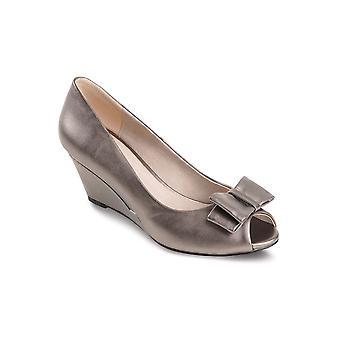 Hyvät Peep Toe Tina musta Smart kantapää keula aksentti naisten kiilat kengät