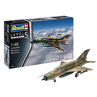 Revell 03915 MiG-21 SMT malli pakki mittakaavassa 1:48