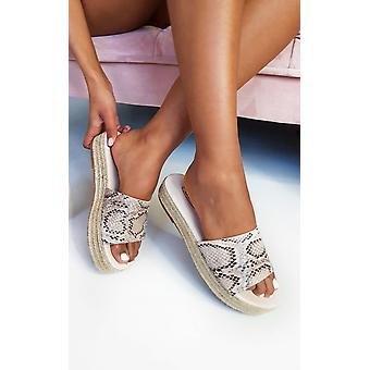 IKRUSH Womens Darcey Woven Flatform Sandals