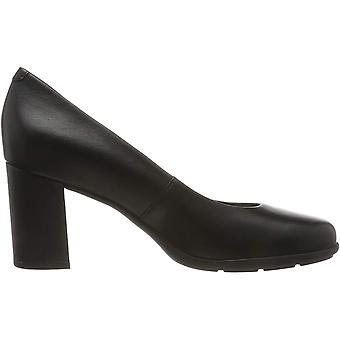 Geox Womens/Ladies Annya Leather Court Shoes