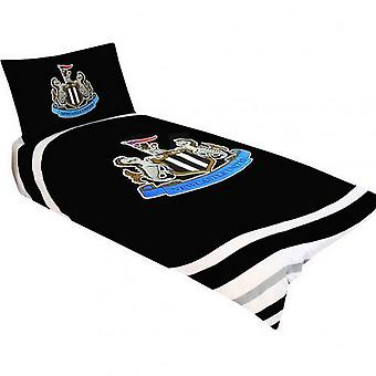 Newcastle United FC Official Single Duvet And Pillowcase Pulse Design