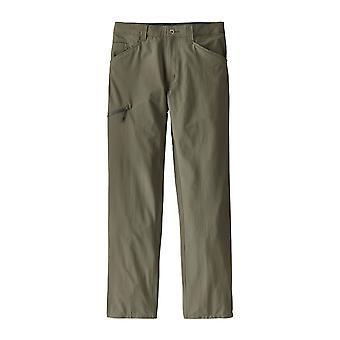 Patagonia Men's hiking shorts quandary regular