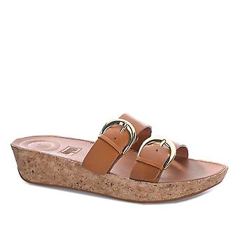 Womens Fitflop Duo Buckle Slide Sandals In Caramel