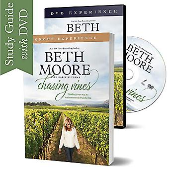 Chasing Vines Group Experience with DVD by Beth Moore - 9781496443625