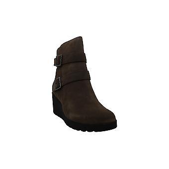 Giani Bernini Women's Shoes Sashaa Leather Closed Toe Ankle Fashion Boots