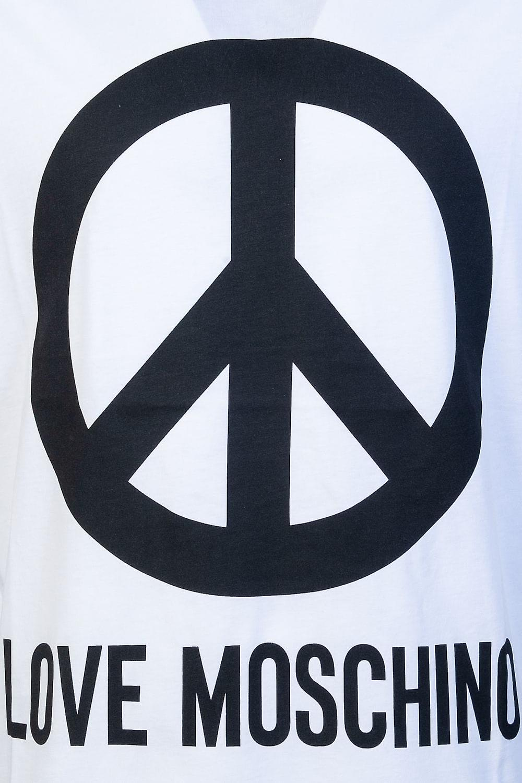 Moschino Round Neck T Shirt M4732 2E M3876