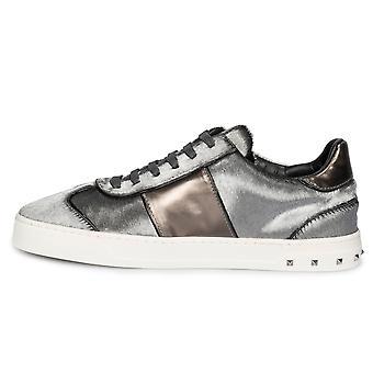 Valentino Flycrew Calfhair Sneaker in grigio