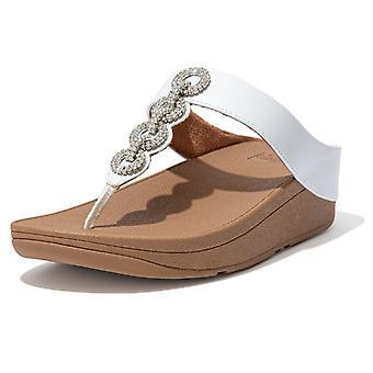 Fitflop Fitflop Fino brillante puntera post sandalias en blanco urbano