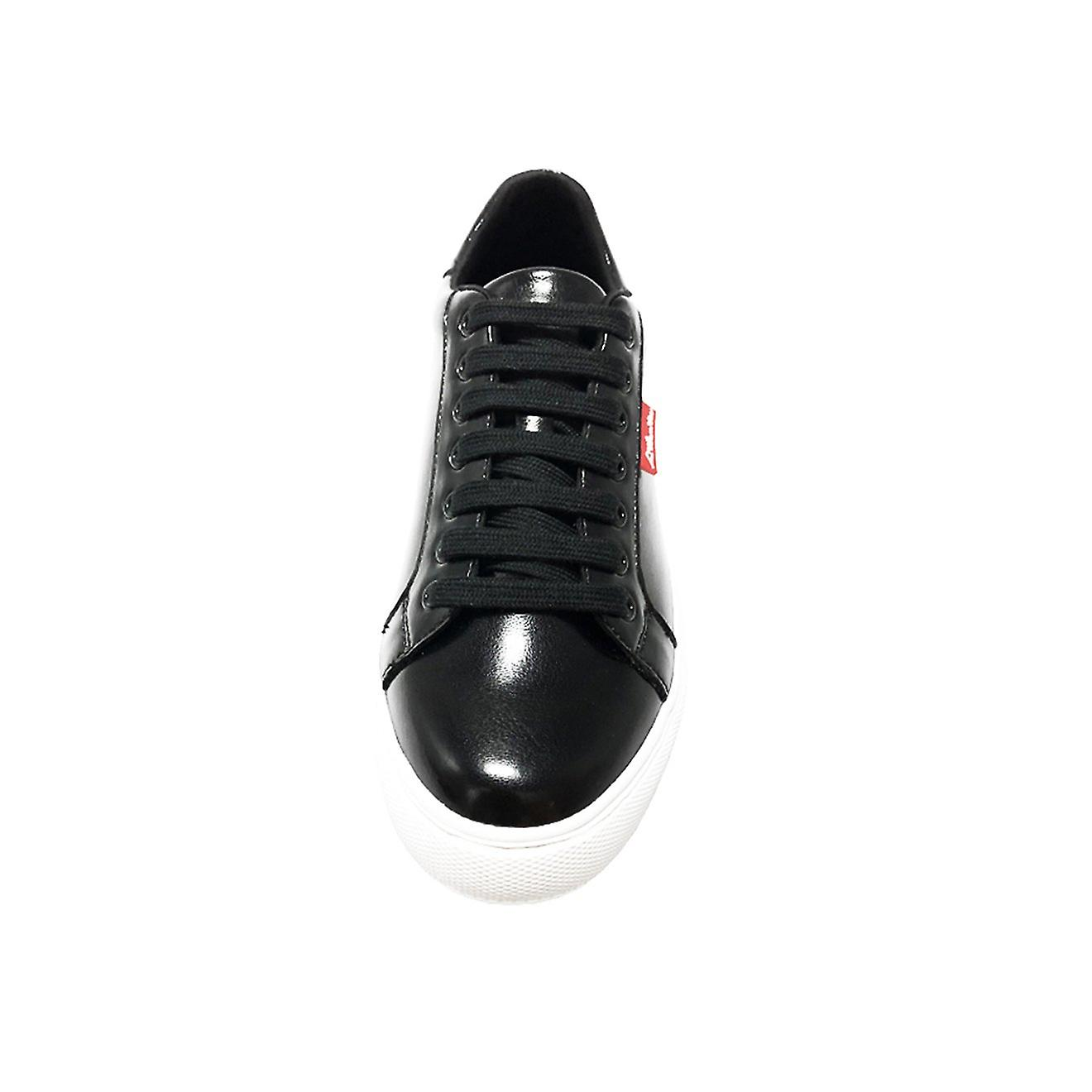 Original sin black sneakers