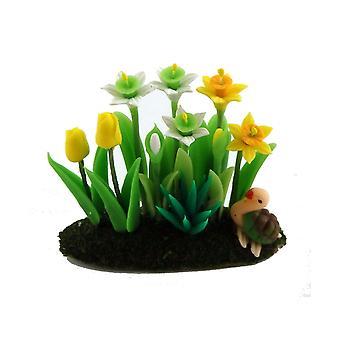 Dolls House Daffodils Tulipanes flores en la hierba de tierra miniatura jardín accesorio