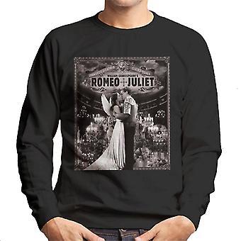 Romeo & Juliet Candlelight Kiss Men's Sweatshirt