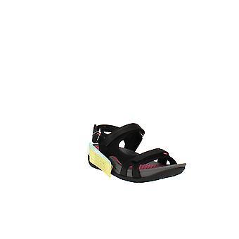 Baretraps   Dinah Sandals
