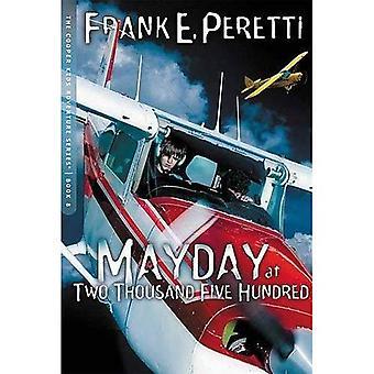 Mayday på två tusen fem hundra (Cooper barn äventyr (Nelson Paperback))