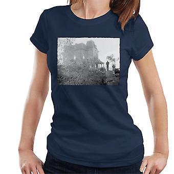 Psicópata Norman Bates Caminando a su casa Mujeres's Camiseta