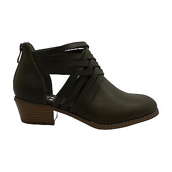 Brinley Co Women's Shoes Thelma Closed Toe Ankle Fashion Boots