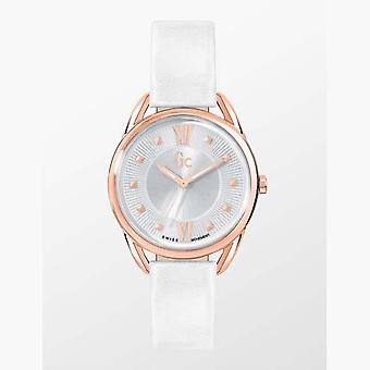 Guess Collection Y13003L1 Analogue Quartz with Leather Strap Ladies Watch