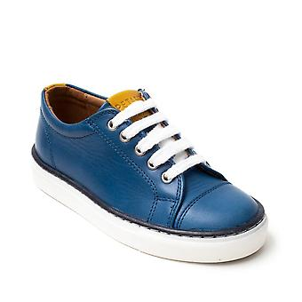 PETASIL Laced Leather Shoe