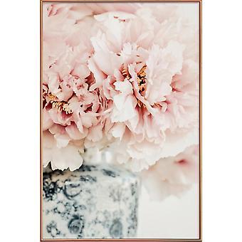 JUNIQE Print - Pioens In A Vase - Bloemenposter in roze en wit